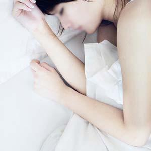 腰椎病正确睡姿图片7