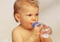 宝宝先天性巨结肠预防便秘是关键